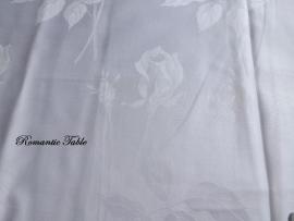 Oude zijden damasten dekbedovertrekken  no 9 met ingeweven rozen