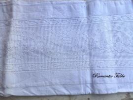 Antieke linnen dekenhoes met kantinzet voor babybedje of wieg      no 2