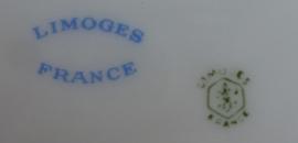 Oud  porseleinen eet en ontbijtservies Limoges ca 1930