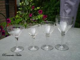 Schitterend antiek geslepen glasservies