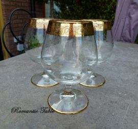 Antieke kristallen cognac glazen