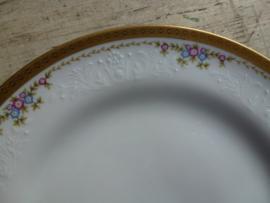 Schitterend oud porseleinen eet &  ontbijtservies