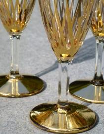 Schitterende oude champagne glazen