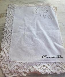 Antiek Richellieux kleedje no 1   VERKOCHT