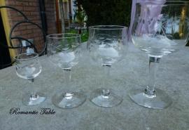 Antiek mooi geslepen glasservies   ca 1920  no 110