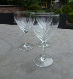 Oude kristallen wijnglazen