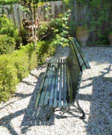 Antieke gietijzeren Franse tuinbank geheel gerestaureerd no 3