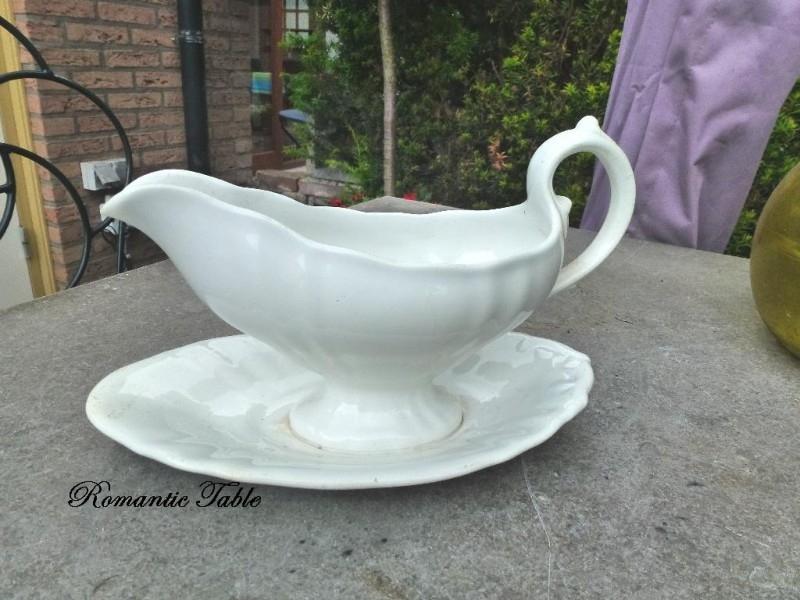 Antieke juskom  Societe Ceramique  Wellington