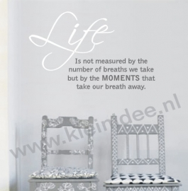 Life is not measured 90x55cm