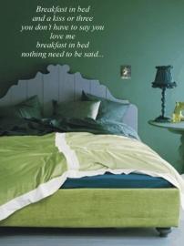Breakfast in bed 100x60cm