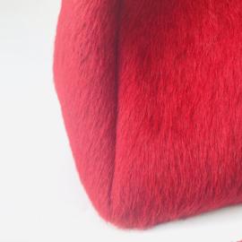 Dotje gekleurde koeienvacht rood