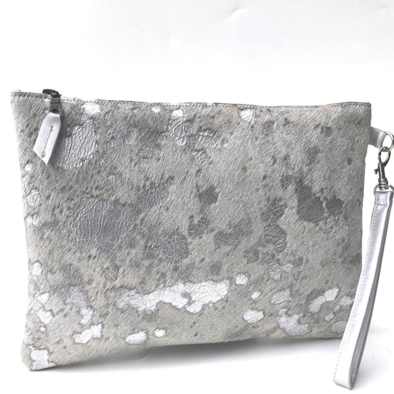 Clutch koeienvacht metallic print (L)