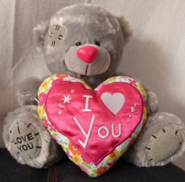 Soft beer met I LOVE YOU hart ± 25cm