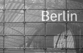 Dutch DigiWalls City Love Fotobehang Berlin CL01B
