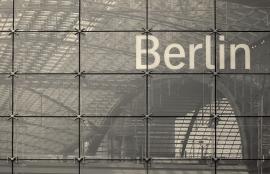 Dutch DigiWalls City Love Fotobehang Berlin CL01A