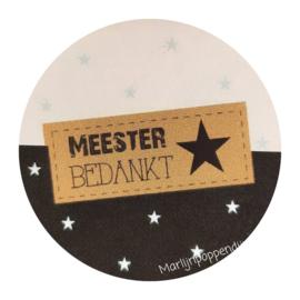 Sticker rond 4 cm met tekst meester bedankt.