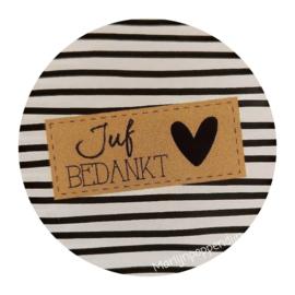 Sticker rond 4 cm met tekst ''Juf bedankt''.''.