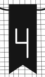 klein kaartje met cijfer 4