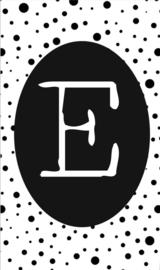 klein kaartje met letter E.
