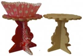Workshop/kinderpartijtje cupcake standaartje decopatch.9 x 9 x 8.4cm plus een cupe cake versieren.