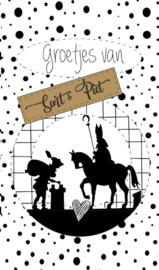 Klein bedank kaartje met tekst ''Groetjes van Sint & Piet'' 5 bij 8.5 cm.