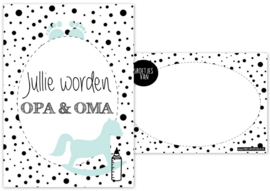 A6 kaart met tekst ''Jullie worden opa & oma''.