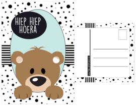 Kaart A6 met tekst ''Hiep Hiep Hoera''