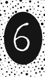 klein kaartje met cijfer 6.