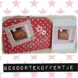 geboorte koffertje.