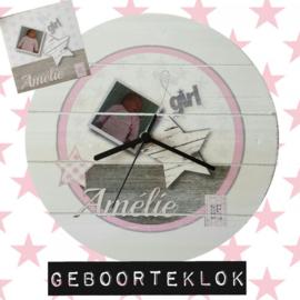 Geboorteklok voor meisje met afbeelding van het geboortekaartje 27 cm doorsnee.