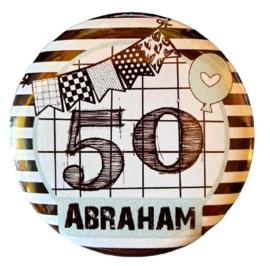 Button met tekst ''50 Abraham''  56mm.