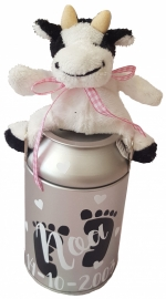 Melkbus spaarpotje roze strikje met voetjes naam en datum met koe knuffeltje / melkbusje is 14 cm hoog.