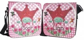 Twee leuke tasjes, voor tweeling, met naam, in opdracht gemaakt.