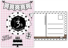 Verjaardagskaart roze met envelop , met button 3 jaar.