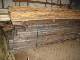 koopje Eiken planken/ balken/spanten / per m3 of per stuk ruw