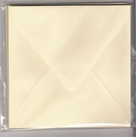 Enveloppen 16 x 16 cm ivoor 120gr  10stuks