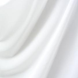 Wit mat stretch lak met rek naar 4 kanten