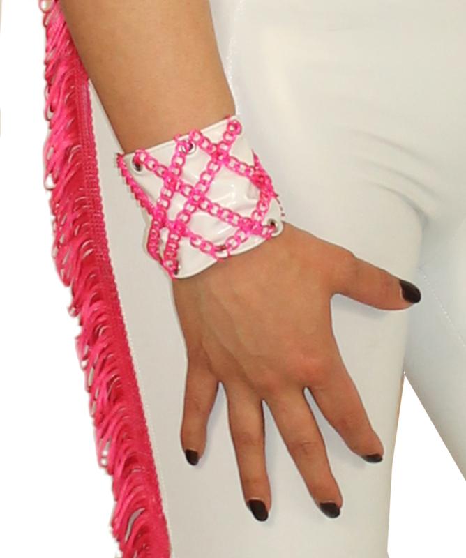 Lak armband met ketting