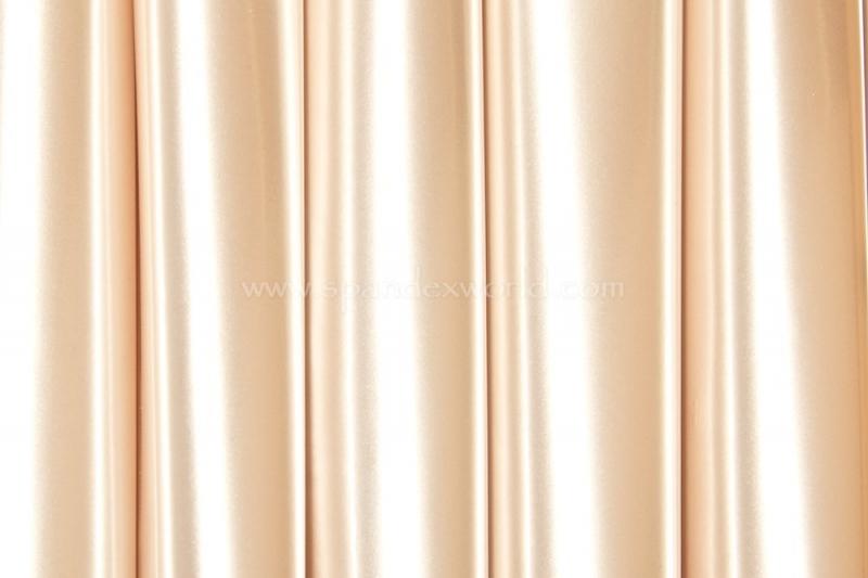 Pearl stretch lak naar 4-kanten Uitverkocht (nog net genoeg voor een string)