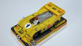 3202 Porsche Can-Am geel  nr. 1 (spiegels chrome)