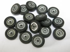 18 stuks Ford Lotus velgen, banden
