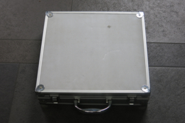Koffer aluminium t.b.v. 8 stuks slot cars