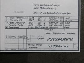 3224 - 3227 Porsche 911 bodem (vouwnaad gedraaid)