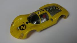 Porsche Carrera 6 kap geel