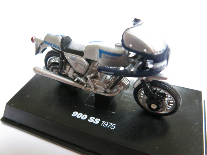 NewRay, Ducati 900 SS 1975