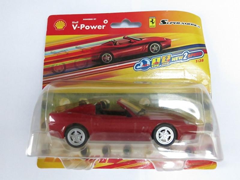 1:38 Ferrari Superamerica