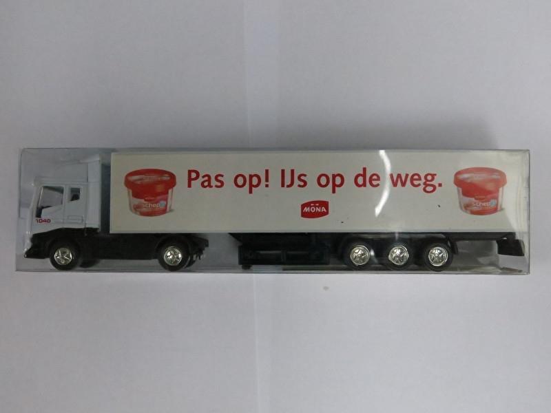 """1:87 Vrachtwagen Iveco """"Mona"""""""