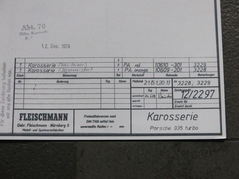 3228 / 3229 Porsche 935 kap