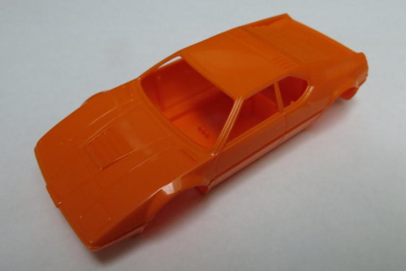 BMW M1 bodem + kap oranje (zie tekst)