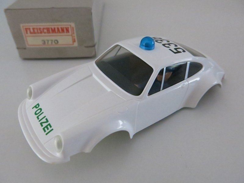 Porsche 911 kap Polizei 3770 (ovp)